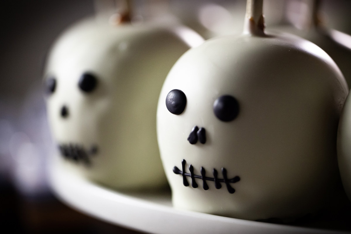 Cake Pops Hand Decorated for Halloween