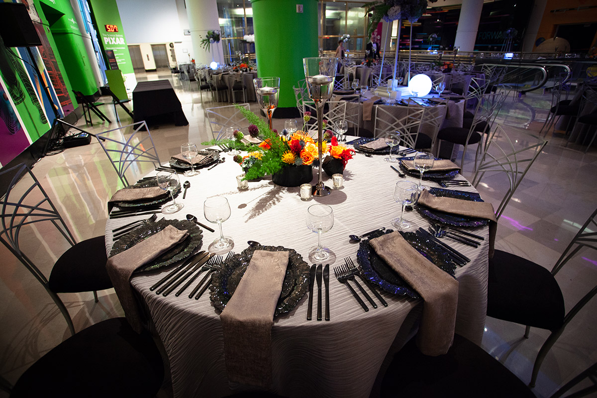 Beautiful tablescape and decor for Chicago event