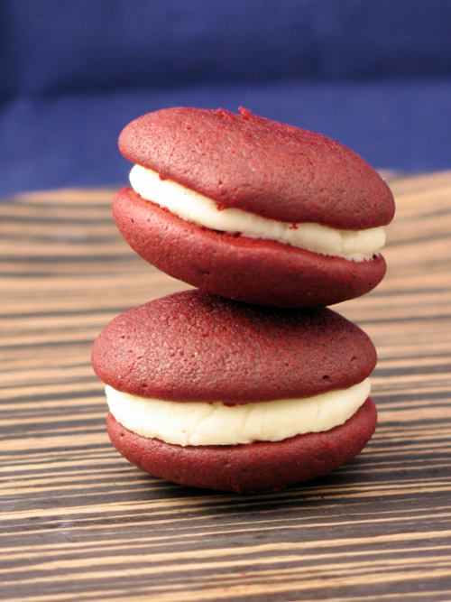Wicked Red Velvet Whoopie Pie (10)